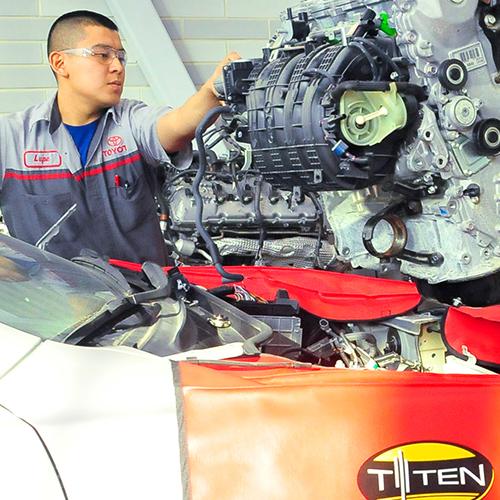 Advanced Automotive Service Technology TOYOTA TTEN - Forklift Operations