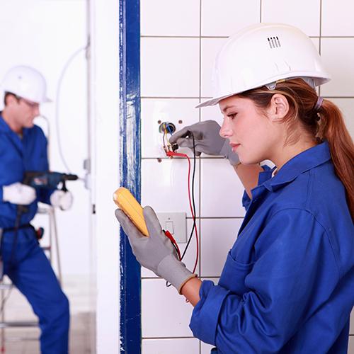 Electricity Apprenticeship - Teknoloji plonbri (aprantisaj)